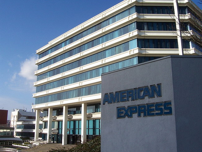 American Express ������������ ���� ������ ������� �� 6,5%